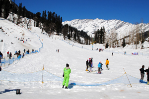 Golden Triangle with Shimla Manali Tour